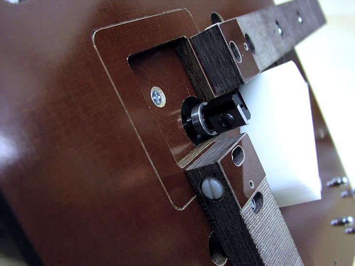 Sonderanschlag der Kantenfräse Universal für das Alu-Fräsen an geschweißten Innenecken - Großansicht